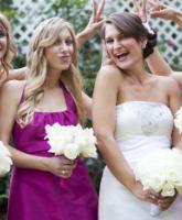 نصائح لاختيار فساتين صديقات العروس